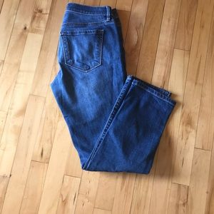 Ann Loft relaxed fit size 2 ankle jeans